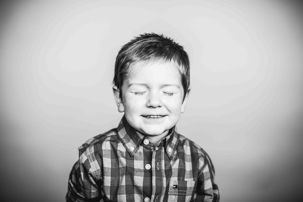 01Jase Dean3yr preksnowflake-pittsburgh-boutique-school-photography.jpg