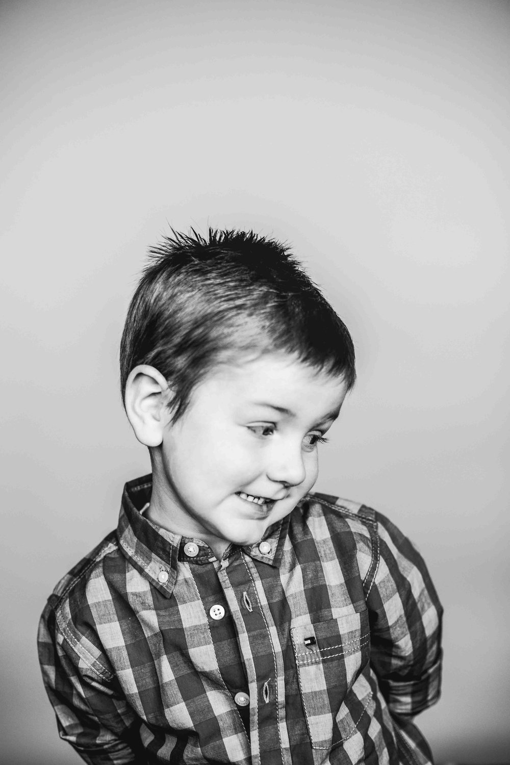 03Jase Dean3yr preksnowflake-pittsburgh-boutique-school-photography.jpg