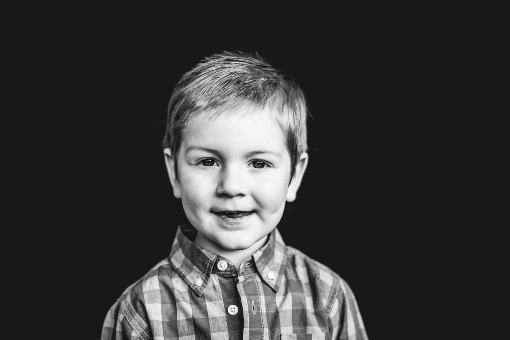 11Jase Dean3yr preksnowflake-pittsburgh-boutique-school-photography.jpg