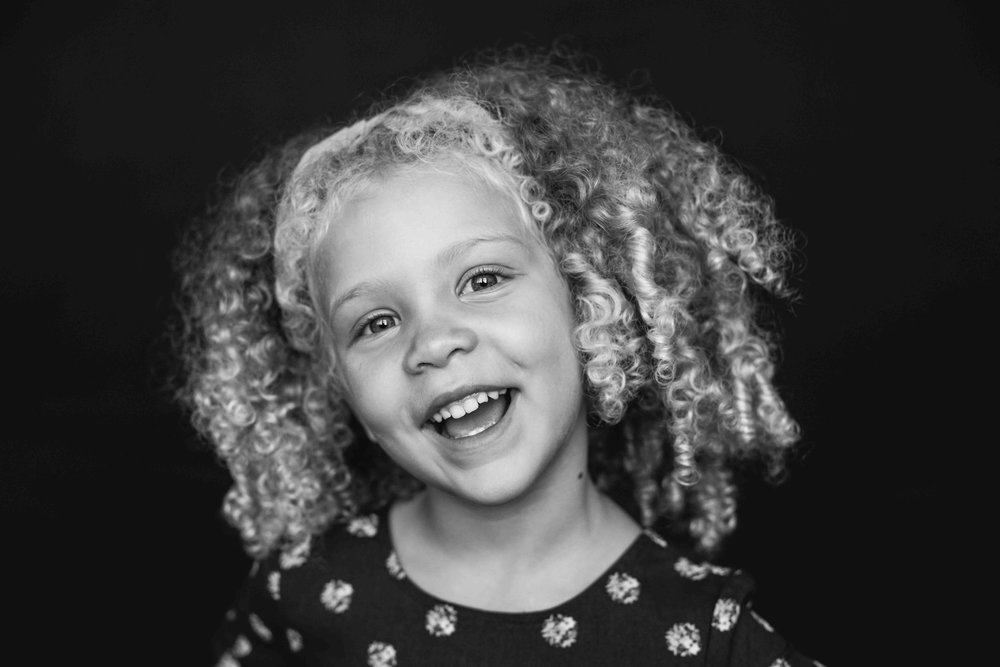 20180913_7557-- color--5day--preK--4yr----5----BLACK AND WHITE--312snowflake-pittsburgh-boutique-school-photography.jpg