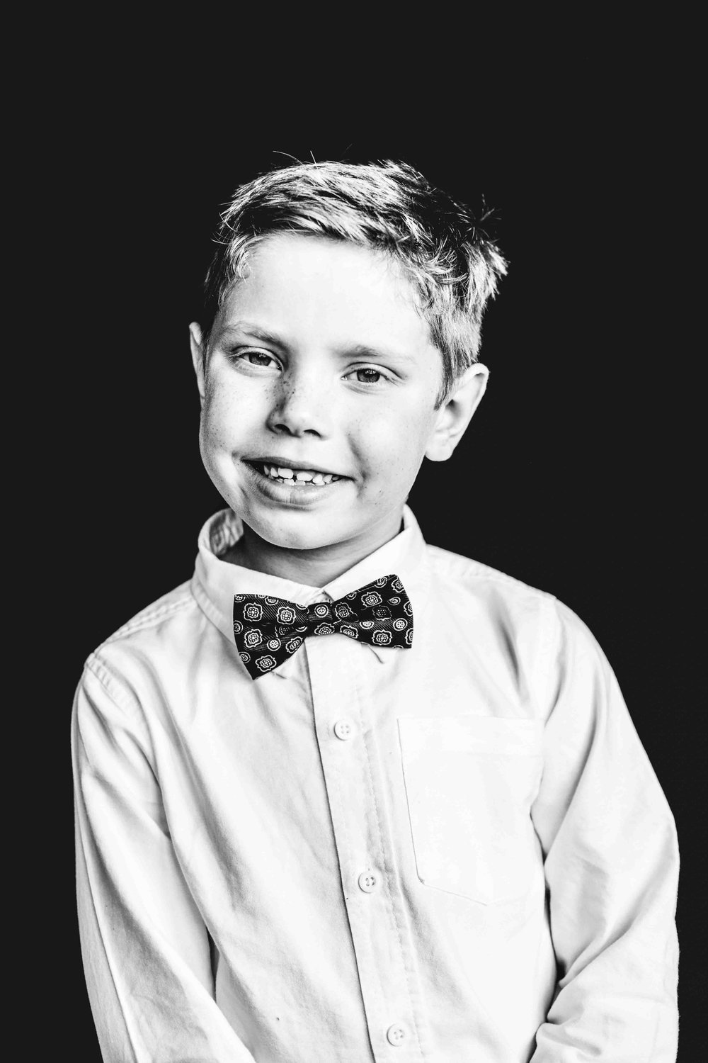 10Jacob Litz2nd gradeBWsnowflake-pittsburgh-boutique-school-photography.jpg