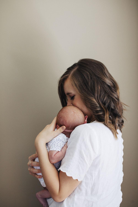 Ana Newborn by Ariana Clare _10.JPG