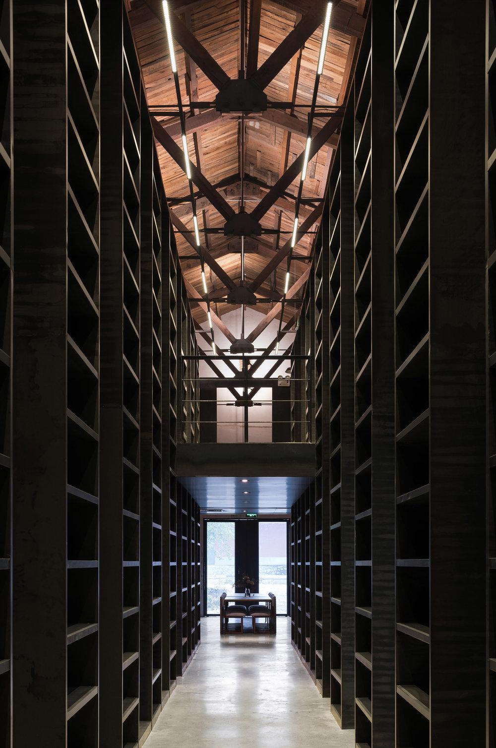 書廊 1 bookshelf corridor 1.jpg