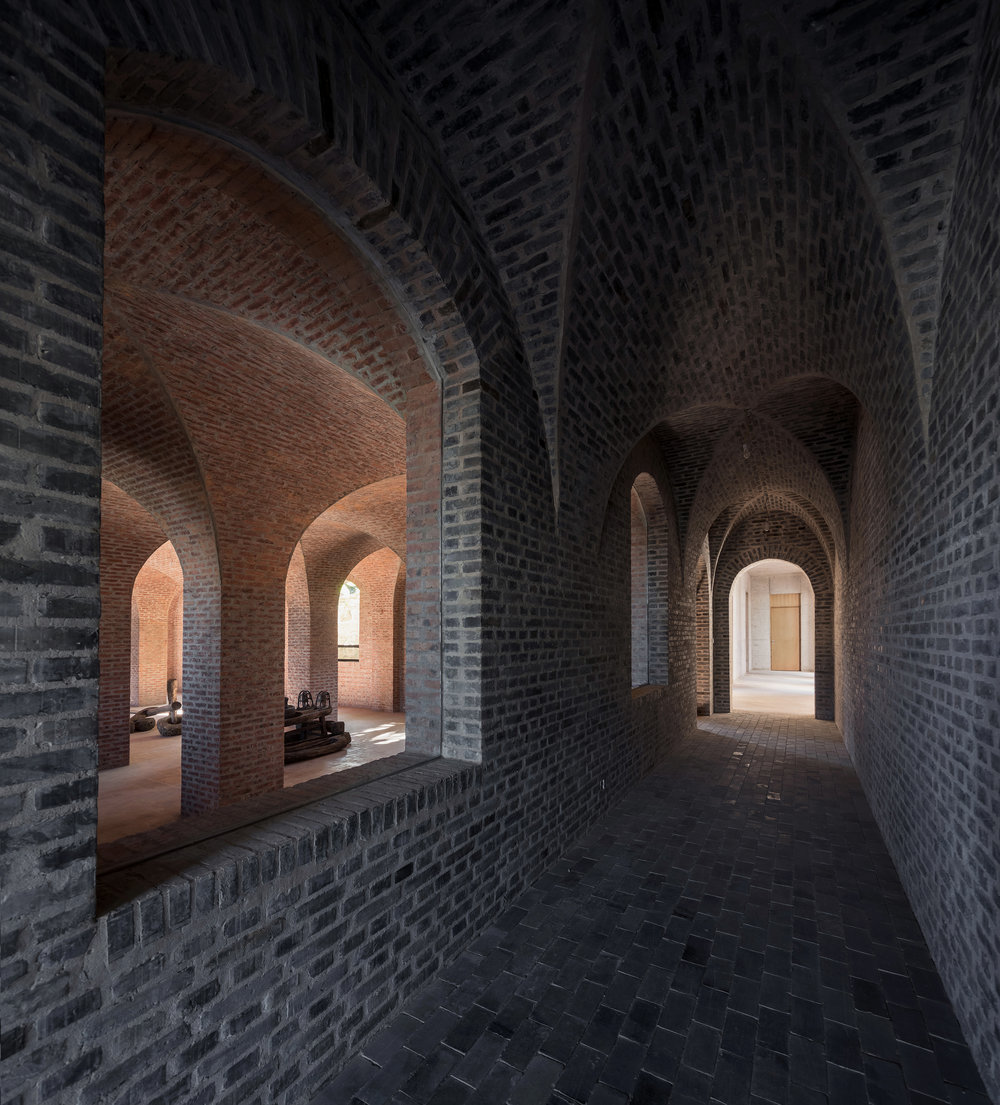 10. 十字拱空間外廊道 @蘇圣亮 North corridor of cross vaults @Su shenglaing.jpg