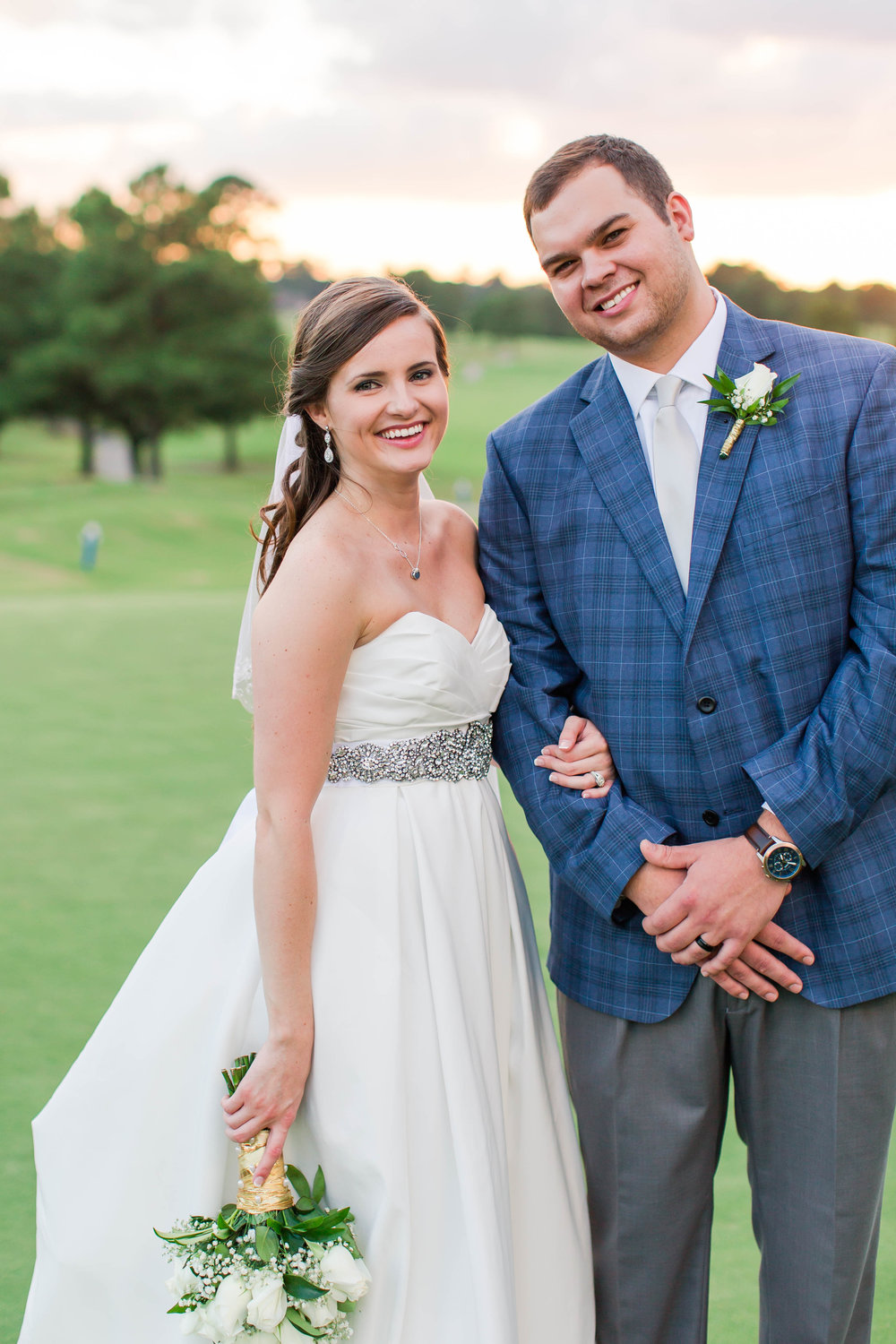 Hollomans_Bride and Groom_102.jpg