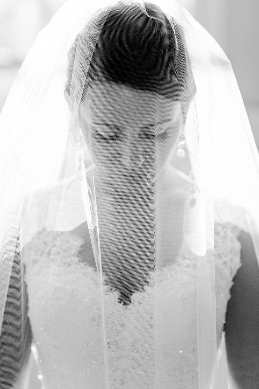 Brittney L Bridals_65.jpg