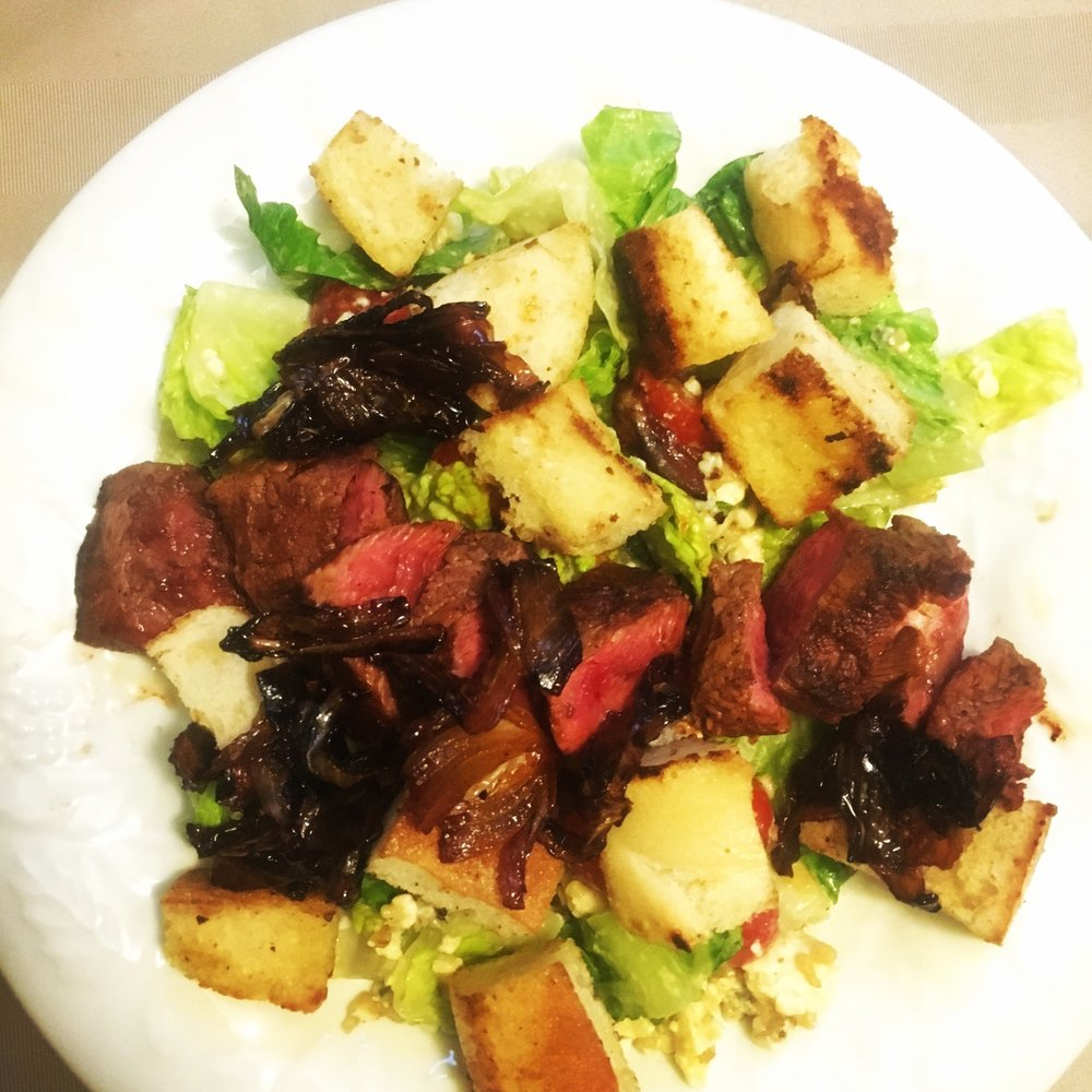 FLAT IRON STEAK AND BLEU CHEESE SALAD - HOME CHEF