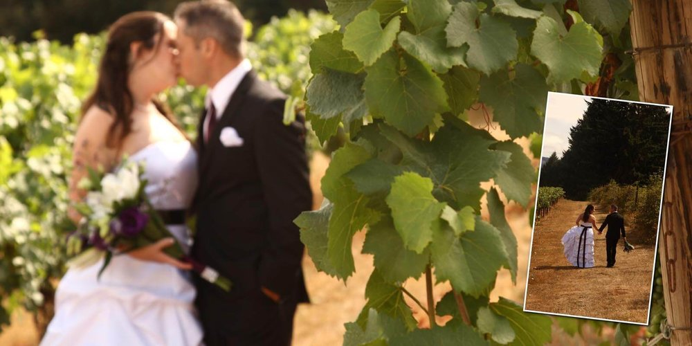 Sweet Cheeks Winery - Terra & Hank held a classically tender wedding in this beautiful location near Eugene, Oregon. A wedding photographers dream (and the party lasted a looooong time!).