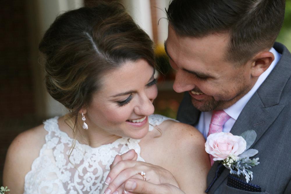 Romantic wedding photos by professional photographers