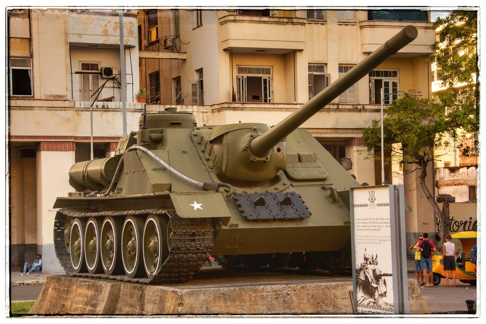 The Russian tank Fidel stood on when he captured the city.