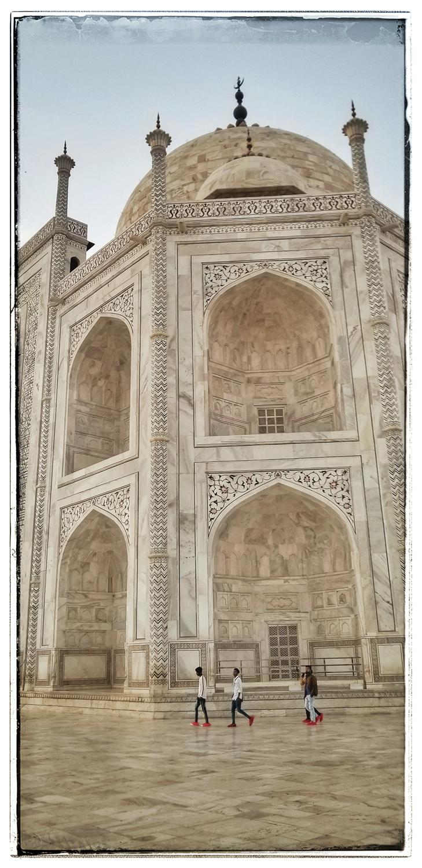 Taj Mahal at Sunset Agra India photographs travel photographer Eugene Oregon