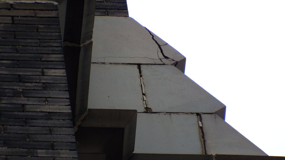 Some of the damage to the façade is due to lightning strikes.