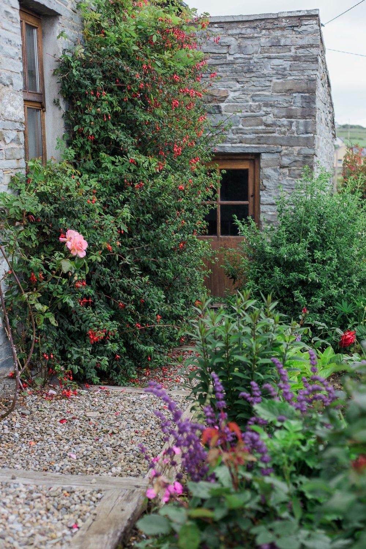 Irish Cottage Garden by Cleveland Wedding Photographer Matt Erickson Photography