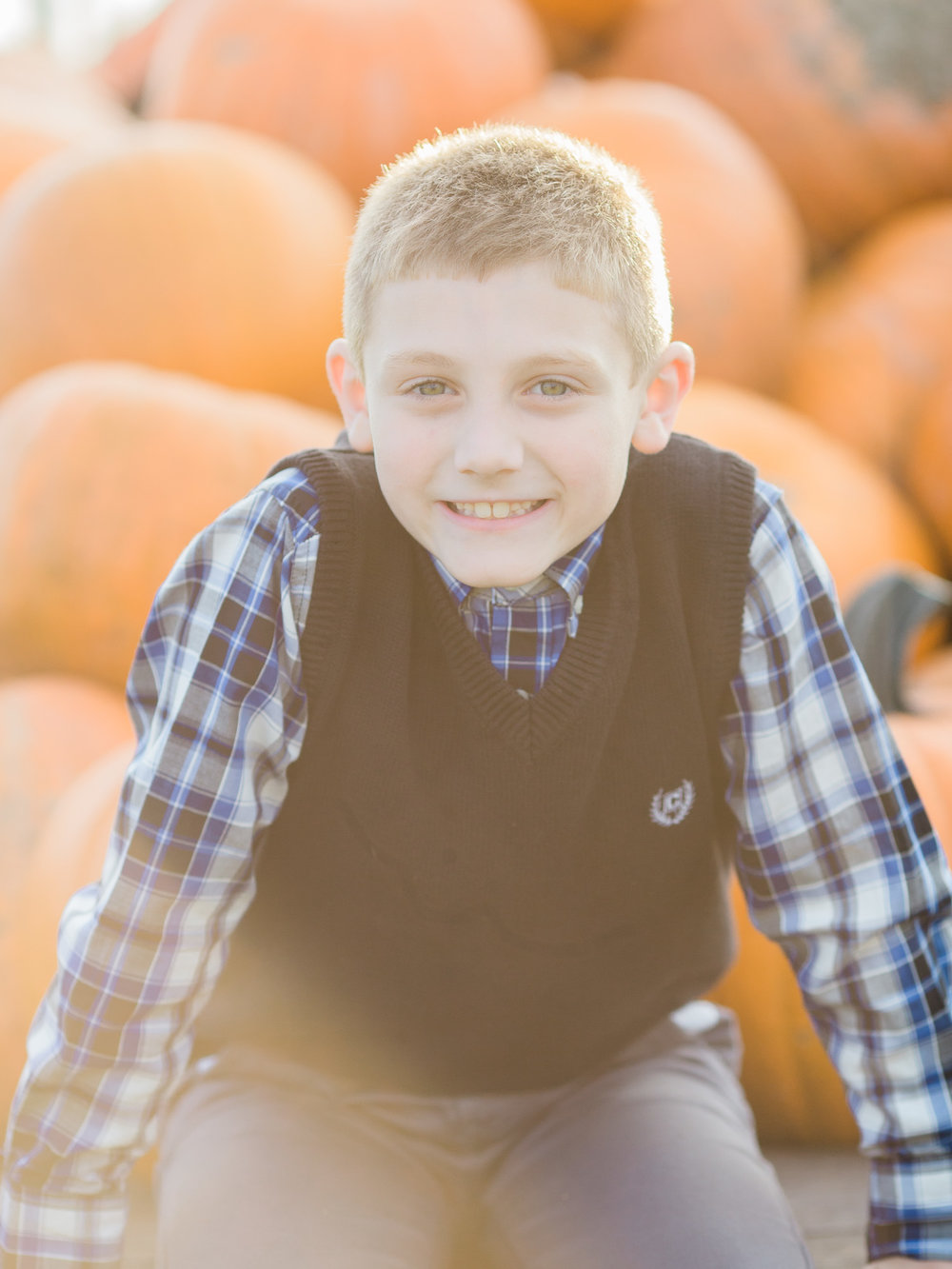 Fall Family Photos by Cleveland Wedding Photographer Matt Erickson Photography
