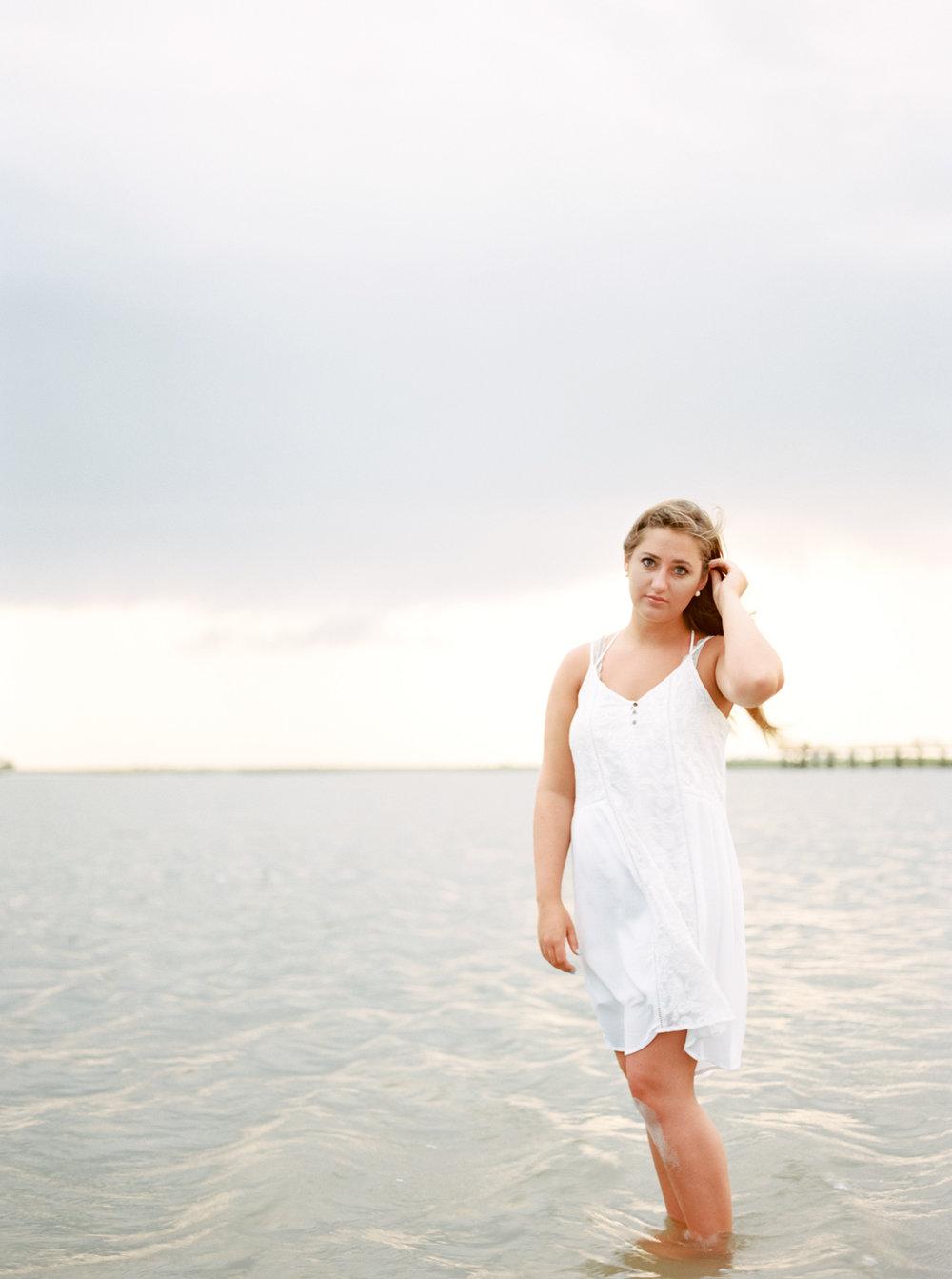 Family beach photos on film by Cleveland Wedding Photographer Matt Erickson Photography