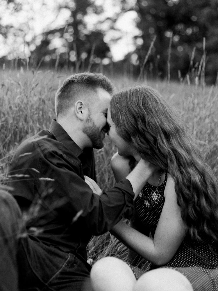 matt-erickson-photography-sweet-forest-engagement-photos-11.jpg