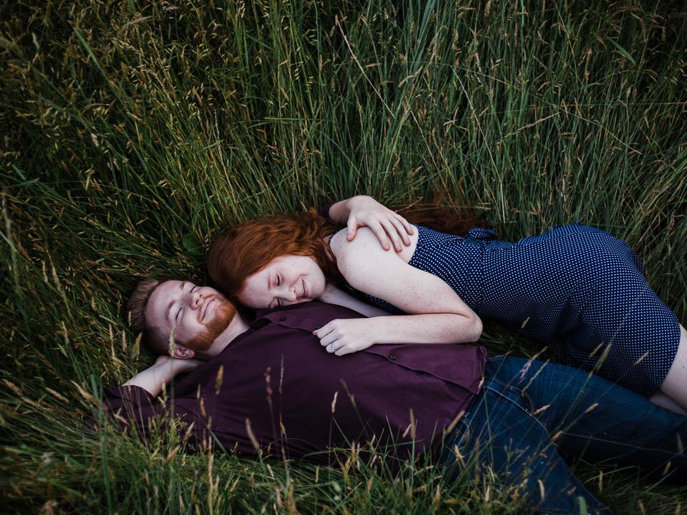 matt-erickson-photography-sweet-forest-engagement-photos-10.jpg