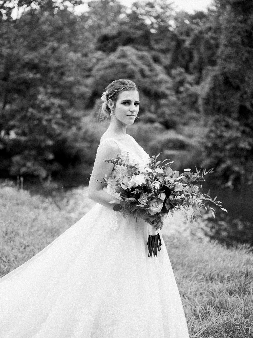 bohemian-akron-wedding-by-matt-erickson-photography-17.jpg