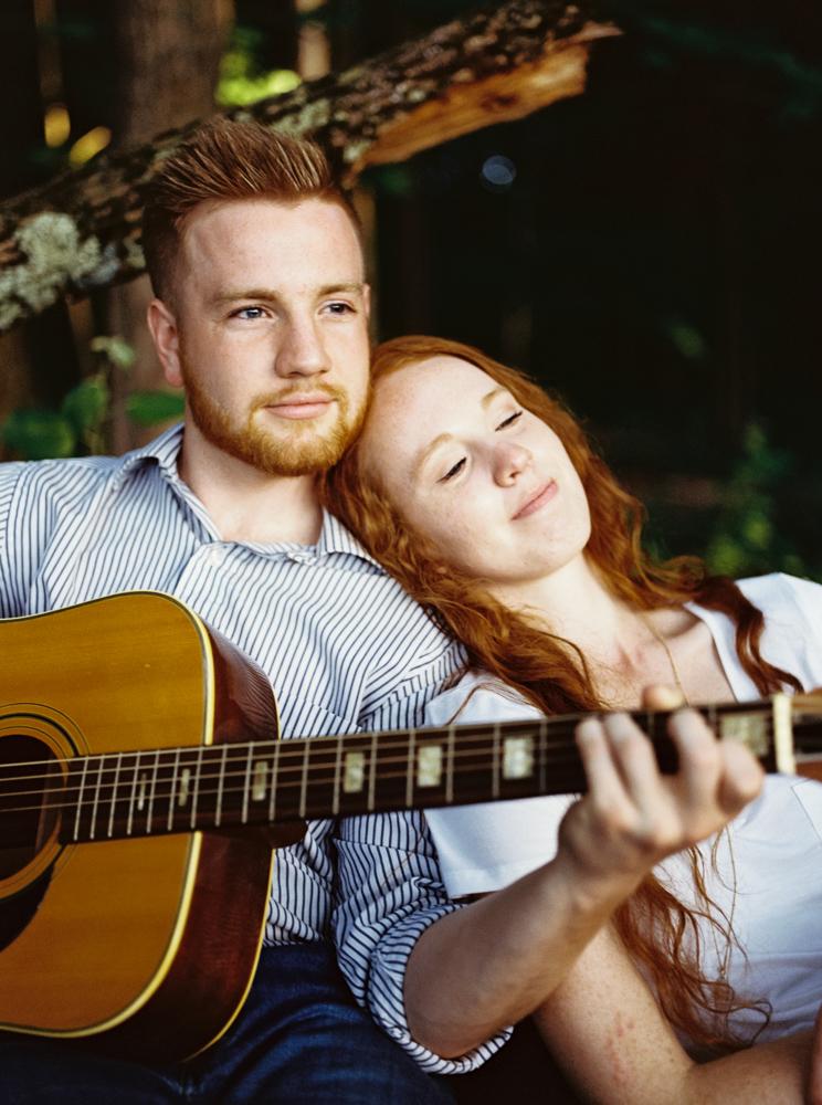 romantic-bohemian-engagement-photos-by-matt-erickson-photography-34.jpg