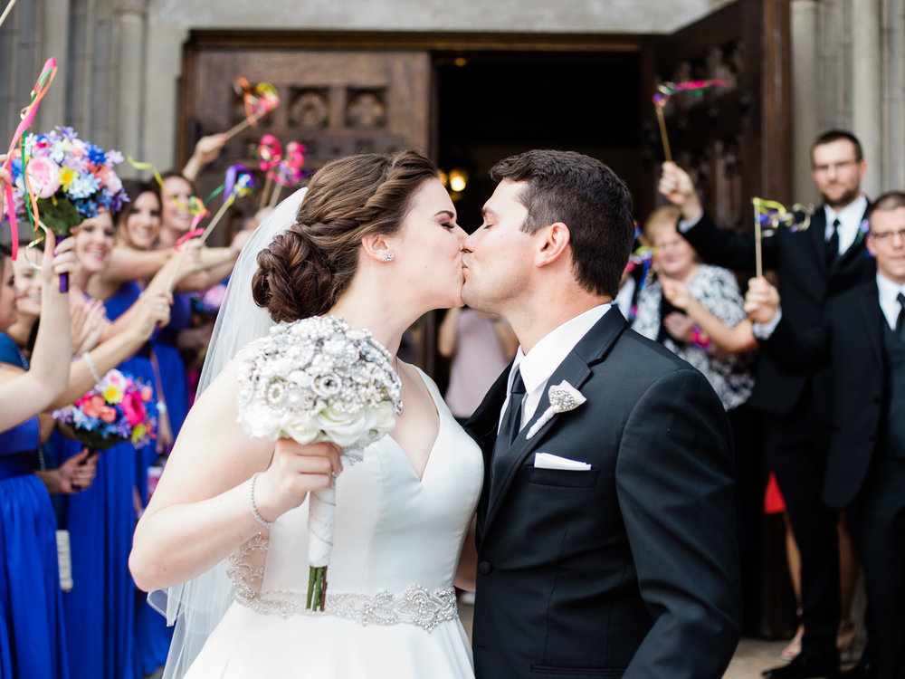vibrant-tangier-akron-wedding-photos-by-matt-erickson-photography-14.jpg