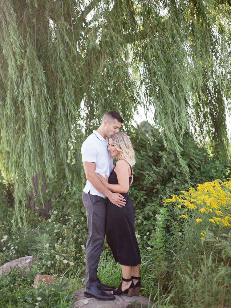 romantic-lake-erie-engagement-photos-by-matt-erickson-photography-2.jpg