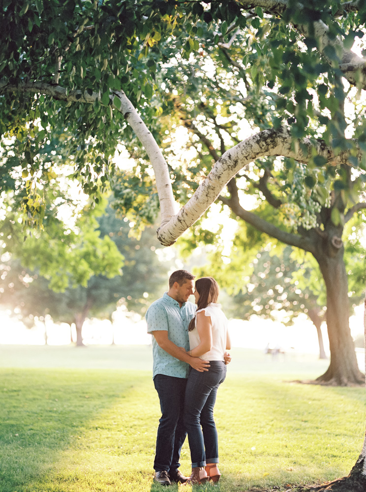classic-cleveland-engagement-photos-by-matt-erickson-photography-28.jpg