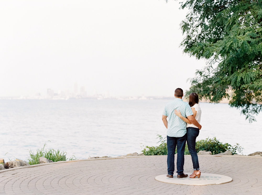 classic-cleveland-engagement-photos-by-matt-erickson-photography-48.jpg