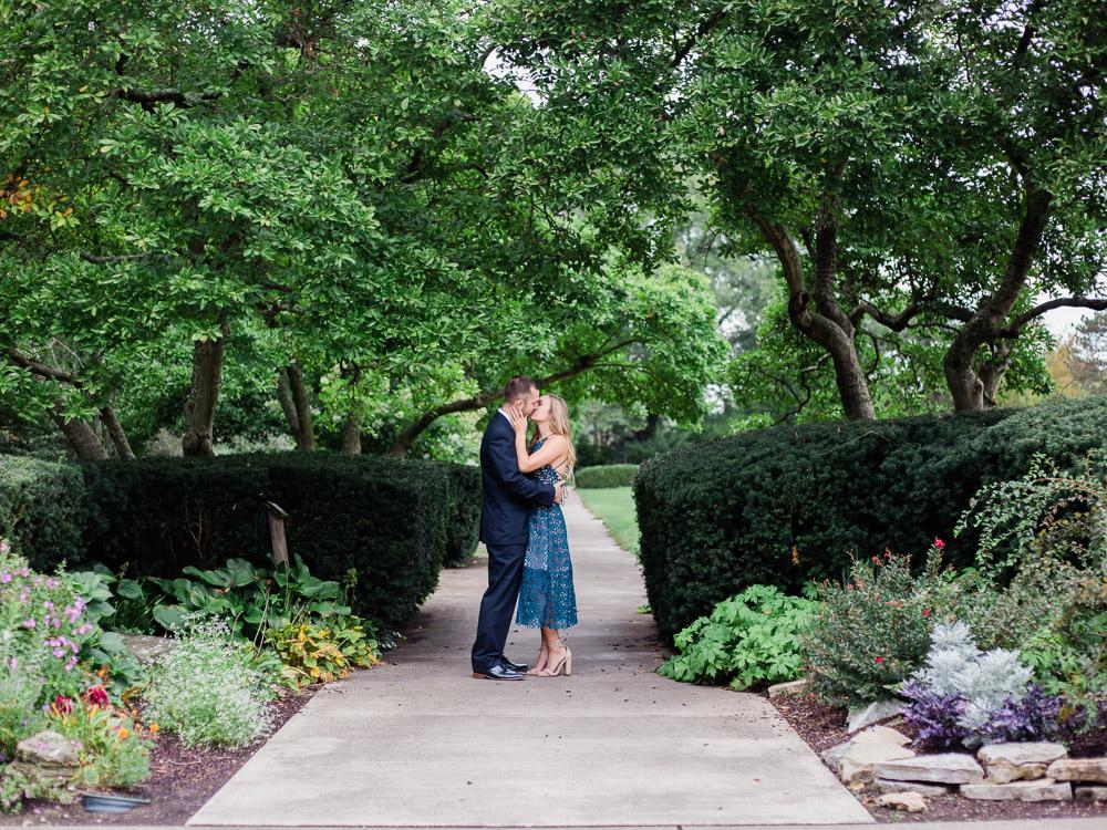ault-park-engagement-photos-by-matt-erickson-photography-3.jpg