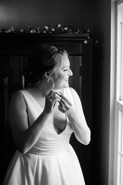 cleveland-yacht-club-wedding-photos-by-matt-erickson-photography-4.jpg