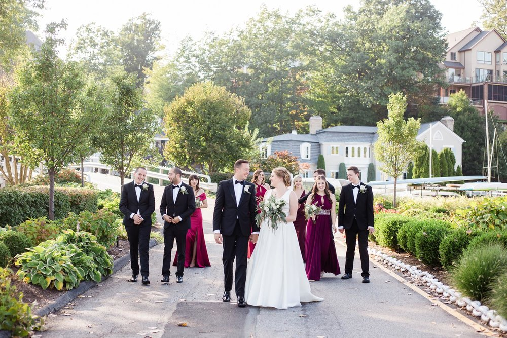 cleveland-yacht-club-wedding-photos-by-matt-erickson-photography-11.jpg