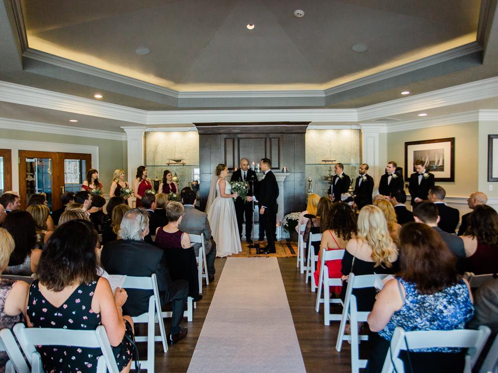 cleveland-yacht-club-wedding-photos-by-matt-erickson-photography-2.jpg