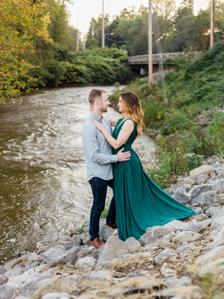 cleveland-fall-engagement-photos-by-matt-erickson-photography-38.jpg