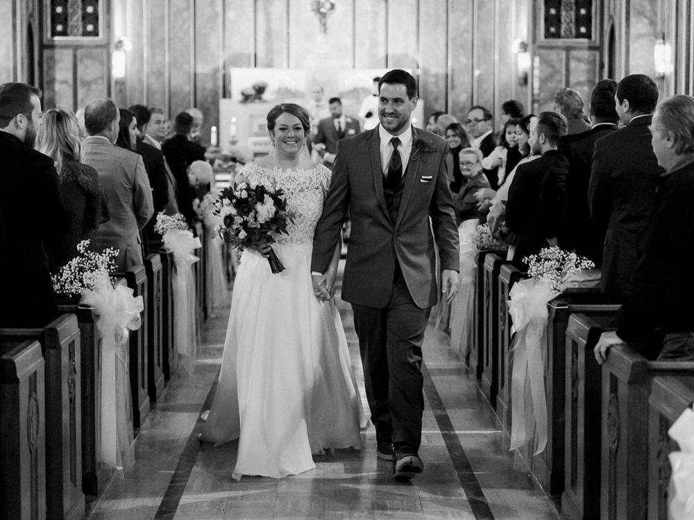 romantic-cleveland-wedding-photos-ariel-international-center-by-matt-erickson-photography-7.jpg