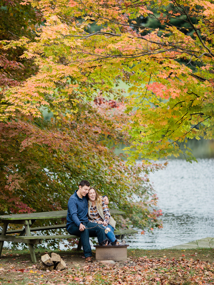 romantic-fall-engagement-photo-ideas-by-matt-erickson-photography-11.jpg
