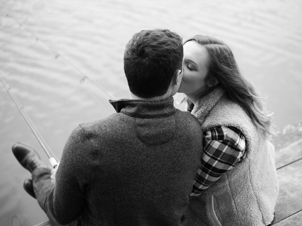 romantic-fall-engagement-photo-ideas-by-matt-erickson-photography-22.jpg