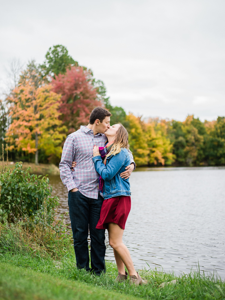 romantic-fall-engagement-photo-ideas-by-matt-erickson-photography-25.jpg