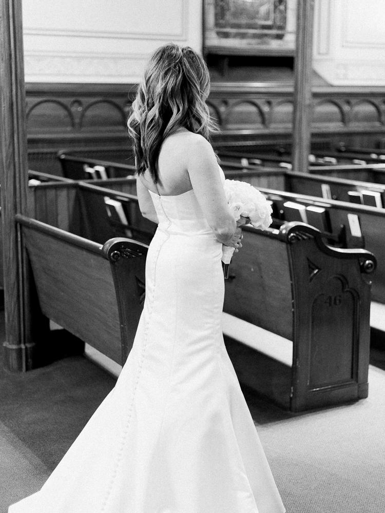 ritz-carlton-luxury-cleveland-wedding-photos-by-matt-erickson-photography-36.jpg