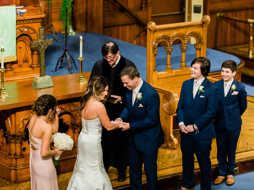 ritz-carlton-luxury-cleveland-wedding-photos-by-matt-erickson-photography-40.jpg