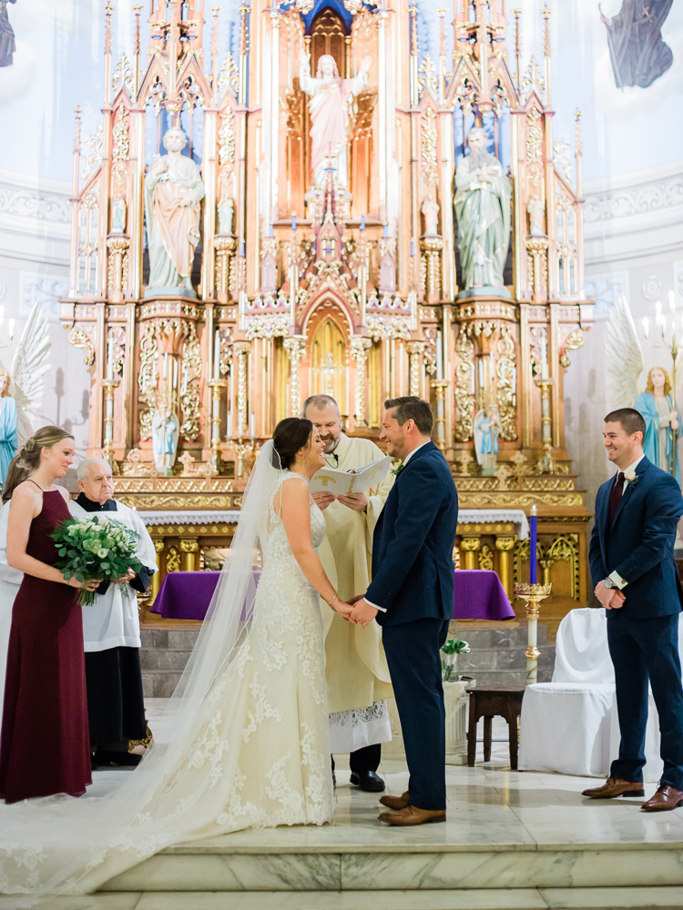 romantic-cleveland-christmas-wedding-photos-by-matt-erickson-photography-16.jpg