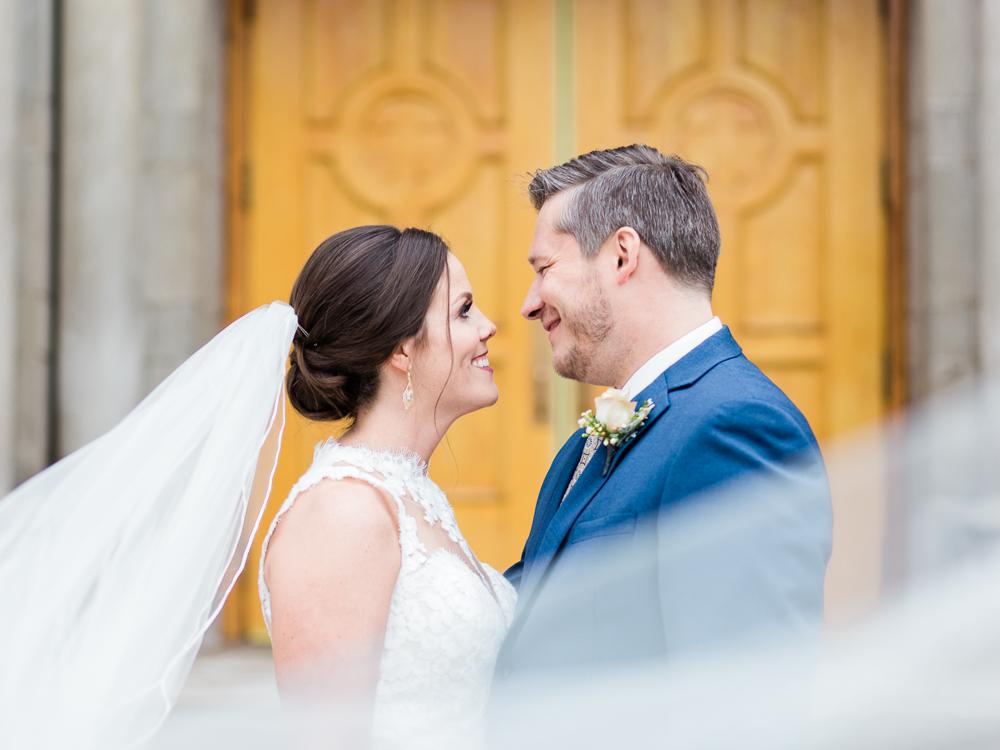 romantic-cleveland-christmas-wedding-photos-by-matt-erickson-photography-25.jpg