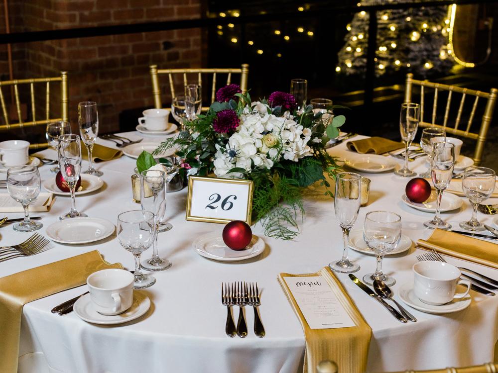 romantic-cleveland-christmas-wedding-photos-by-matt-erickson-photography-34.jpg
