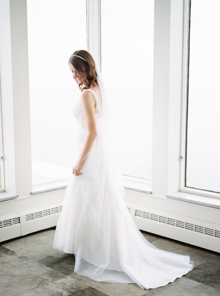 classic-romantic-cleveland-wedding-by-matt-erickson-photography-64.jpg