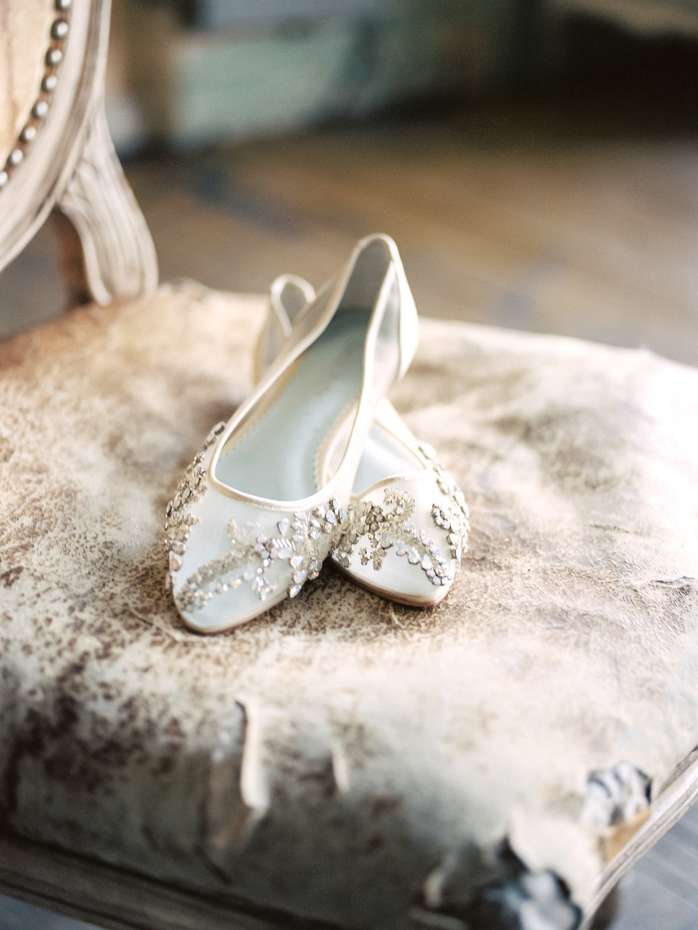 bella-belle-bridal-shoes-matt-erickson-photography