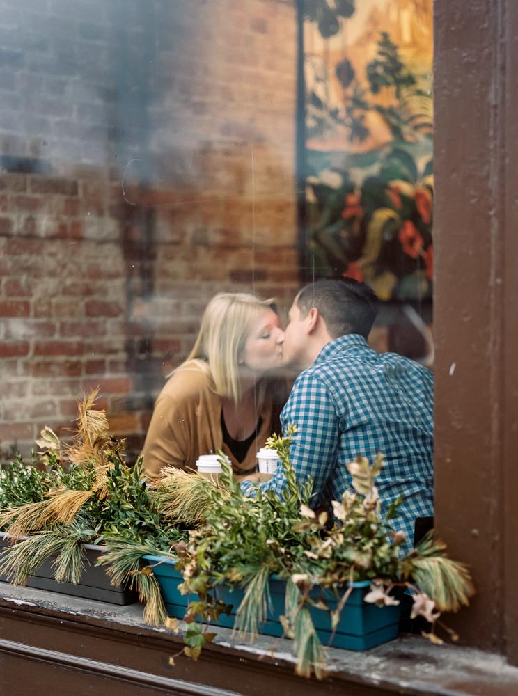 chagrin-falls-coffee-shop-engagement-photos-matt-erickson-photography-23.jpg
