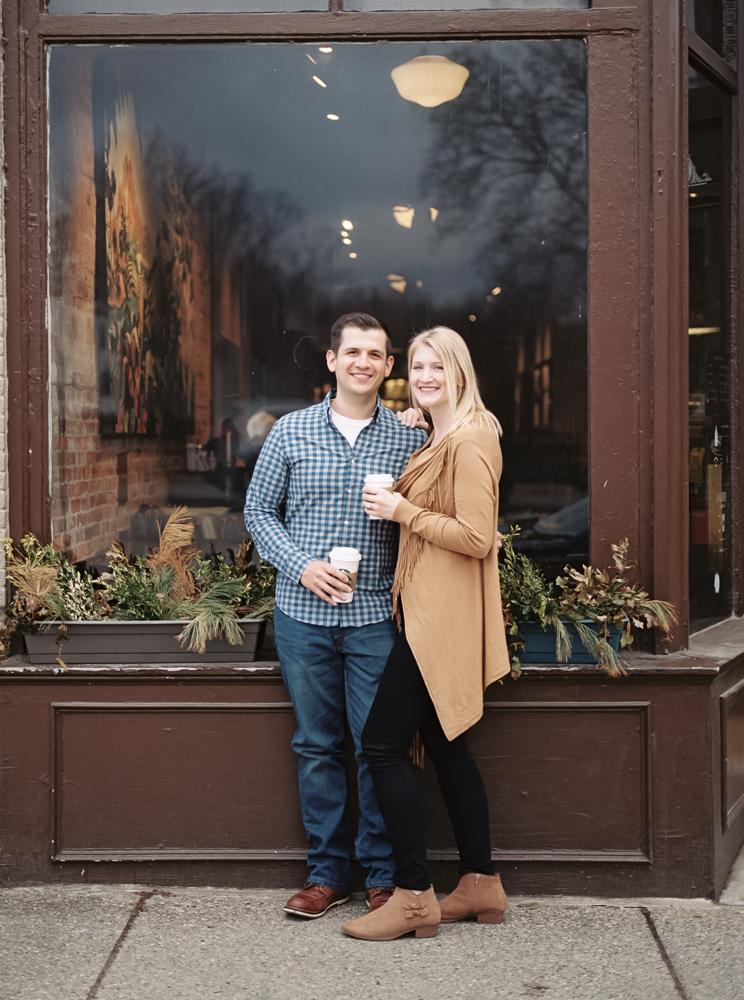 chagrin-falls-coffee-shop-engagement-photos-matt-erickson-photography-35.jpg