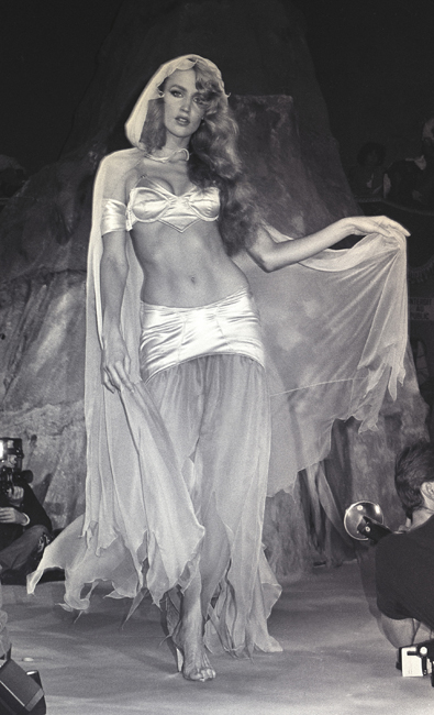 Mugler, Jerry Hall, 1979