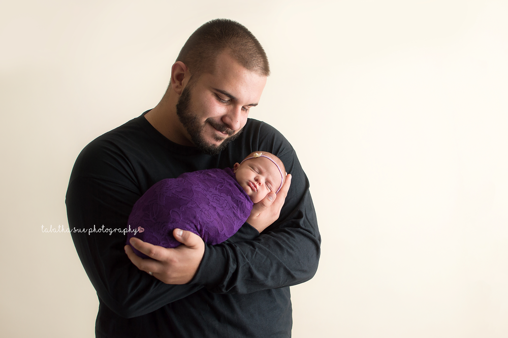 pictures-of-baby-with-dad-in-cleveland-ohio-best-newborn-photographer-near-cleveland-ohio-44130.parma-heights-ohio-photographer.png