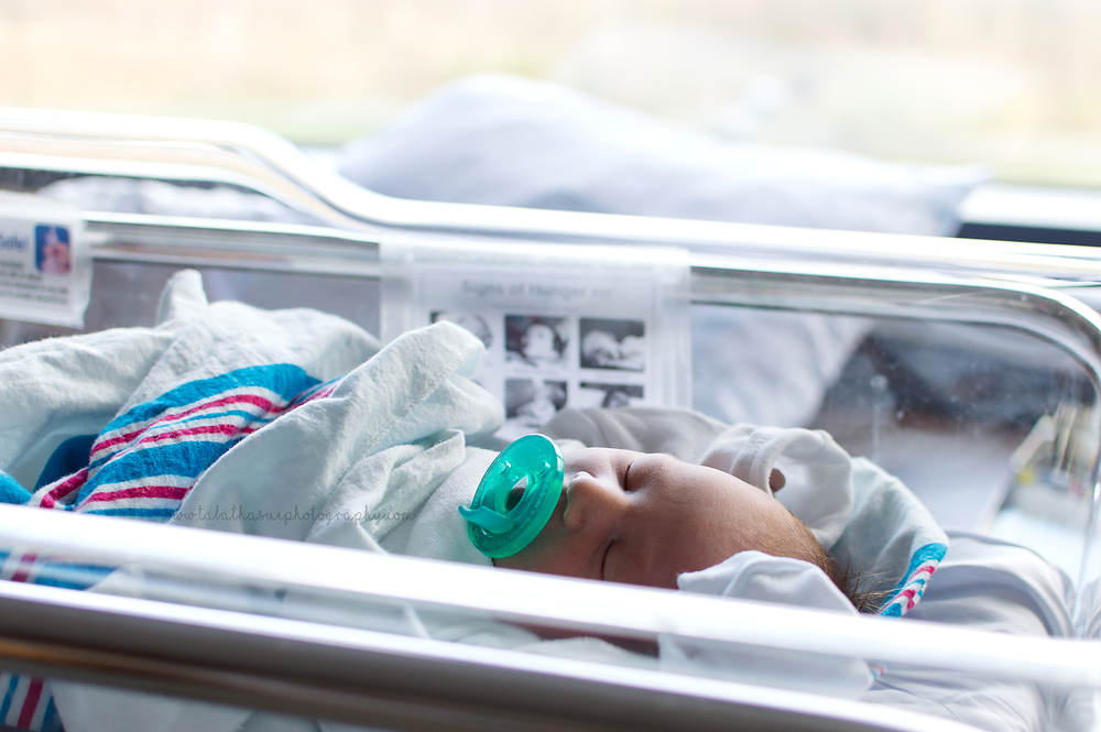 newborn-baby-boy-pictures-taken-in-the-hospital-fresh-48-baby-pictures-by-the-window-light.png