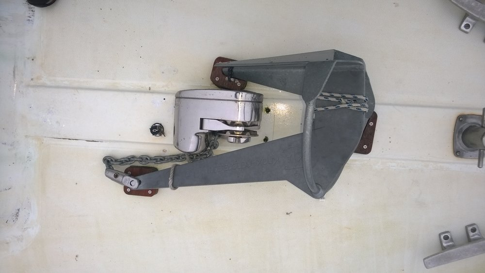 A deck mounted 13kg