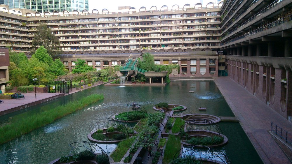 The Barbican Center (not in Budapest). via Wikipedia Commons